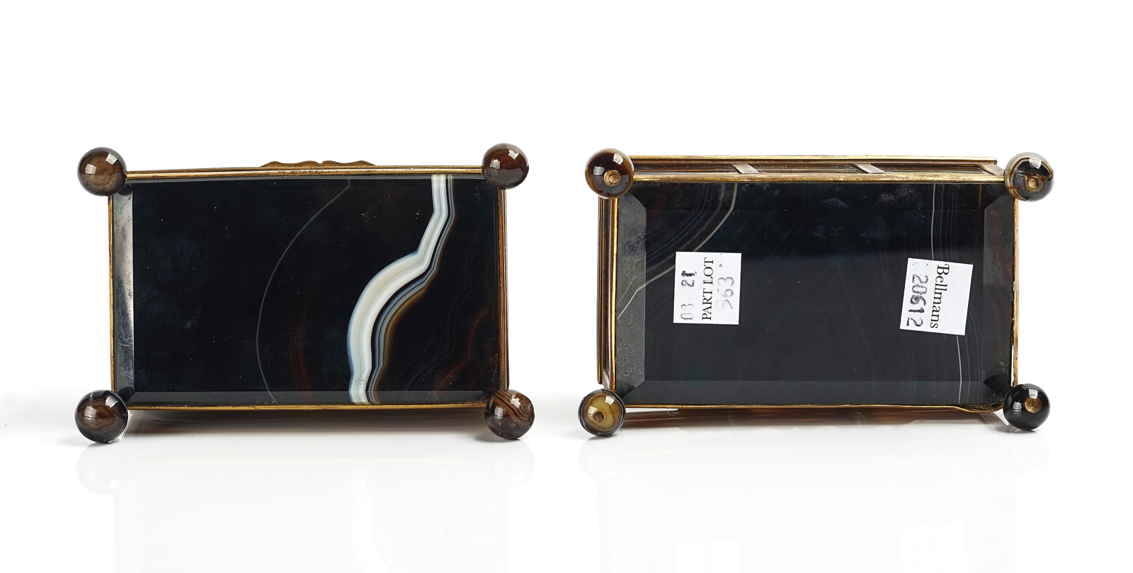 A VICTORIAN ROYAL PRESENTATION FRENCH ORMOLU MOUNTED AGATE CASKET AND ANOTHER SIMILAR - Image 4 of 5