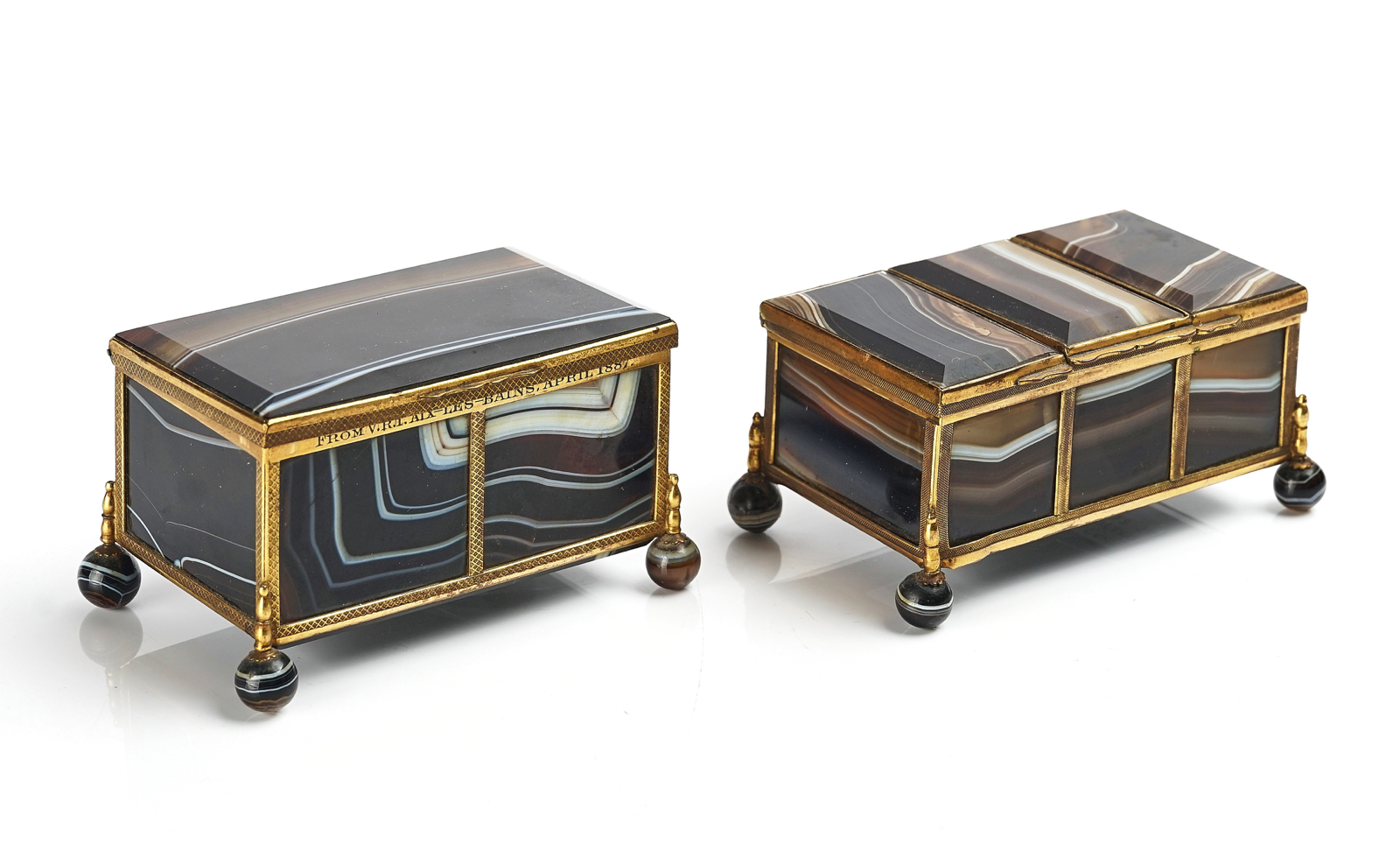 A VICTORIAN ROYAL PRESENTATION FRENCH ORMOLU MOUNTED AGATE CASKET AND ANOTHER SIMILAR
