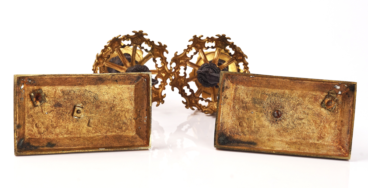 A PAIR OF EARLY VICTORIAN PARCEL-GILT AND BRONZE PATINATED CANDLESTICKS - Image 4 of 5
