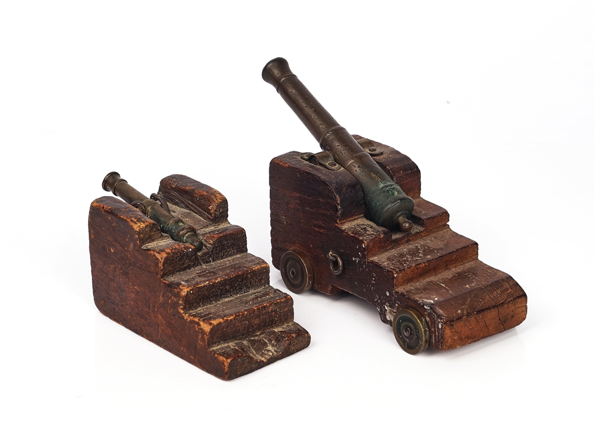 A BRONZE MODEL OF A SIGNAL CANNON AND ANOTHER SMALLER (2) - Image 2 of 5