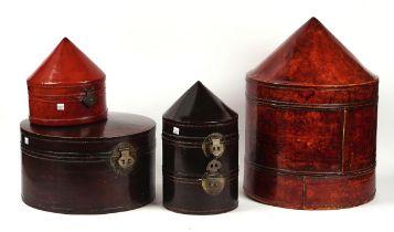 A GROUP OF FOUR CHINESE LACQUERED PAPIER-MÂCHÉ-MACHE HAT BOXES (4)