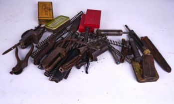 SHOOTING INTEREST; A QTY OF MAINSPRINGS, VARIOUS LOCK PLATES, SCOPE MOUNTS ETC (QTY)