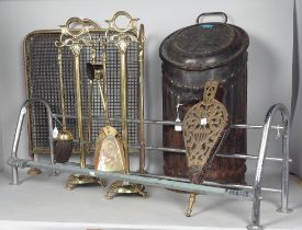 A GROUP OF METALWARE, A COAL BIN, TWO PAIRS OF FIRE TOOLS WITH STANDS, A BRASS FIRE GUARD, A...
