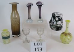 A selection of collectable glass to incl