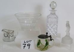 An Art Nouveau green tear drop glass lid