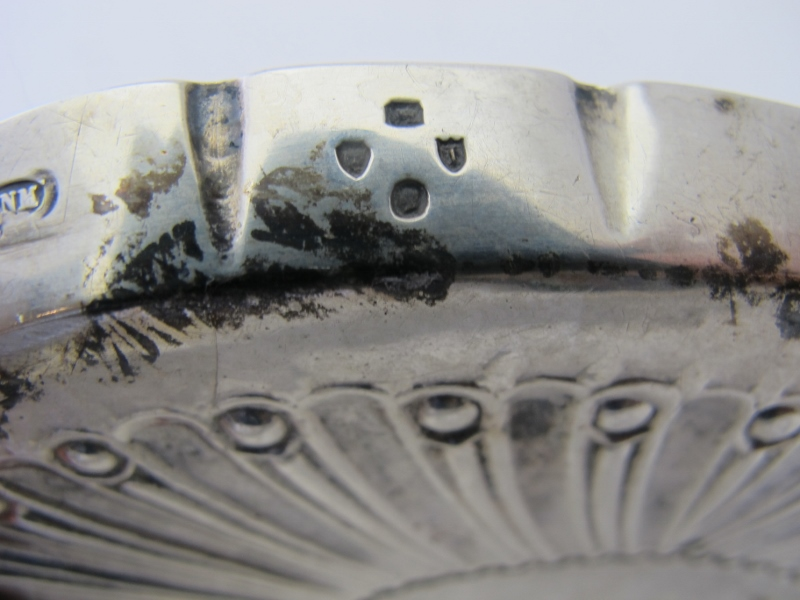 A Victorian oval silver pin tray, approx - Image 3 of 3