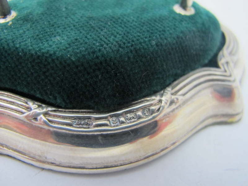 A silver hatpin stand, the base with cro - Image 2 of 2