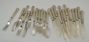 GARRARD & CO. LTD A SET OF SILVER BLADED FISH KNIVES & FORKS FOR TWELVE, kings pattern handles,