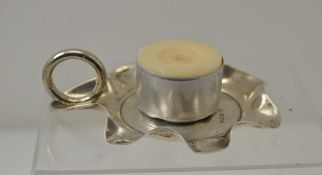 WILLIAM NEALE, A SILVER CHAMBERSTICK, Sheffield 1898, petal rim with ring handle