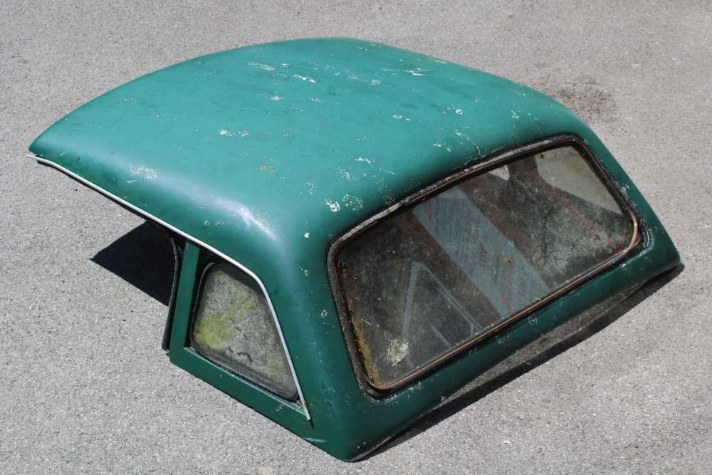 A VINTAGE GREEN FINISHED MG HARD TOP COVER - Image 2 of 5