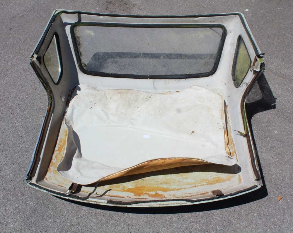A VINTAGE GREEN FINISHED MG HARD TOP COVER - Image 5 of 5