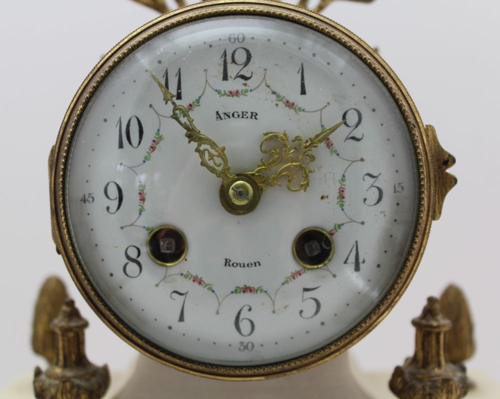 A LATE 19TH CENTURY FRENCH WHITE MARBLE & GILT BRASS CLOCK GARNITURE, the clock of Portico type, the - Image 3 of 9