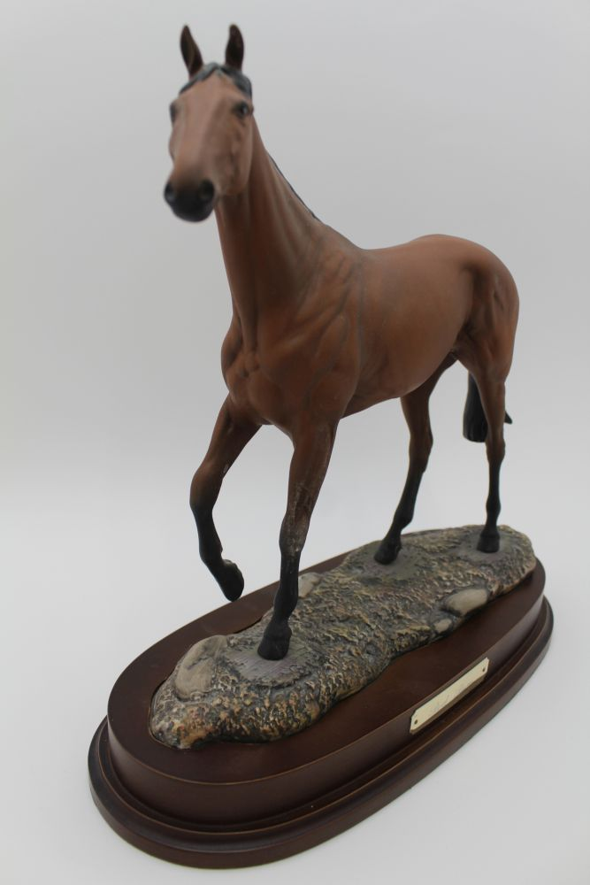 A ROYAL DOULTON CERAMIC MODEL OF 'RED RUM' modelled by J.G.Tongue, Ltd edition No.843 of 7,500 - Image 4 of 4