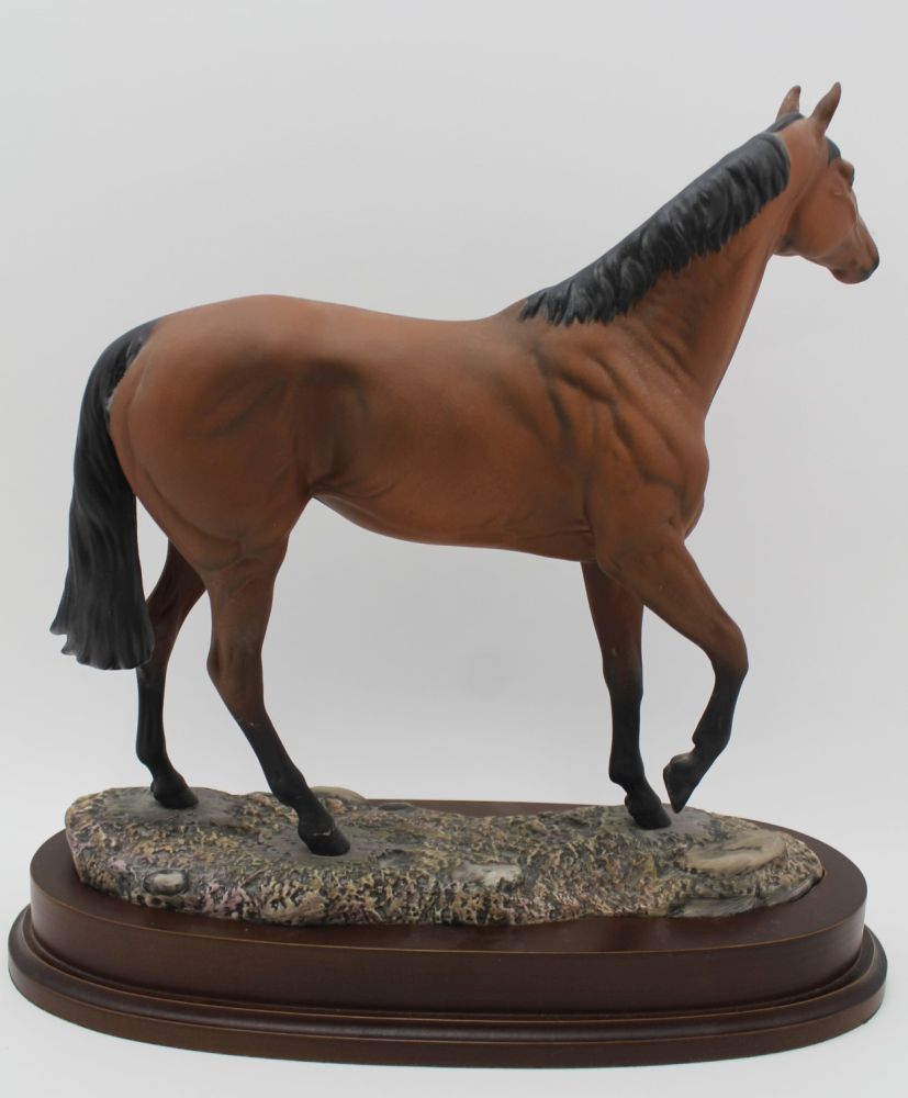 A ROYAL DOULTON CERAMIC MODEL OF 'RED RUM' modelled by J.G.Tongue, Ltd edition No.843 of 7,500 - Image 2 of 4