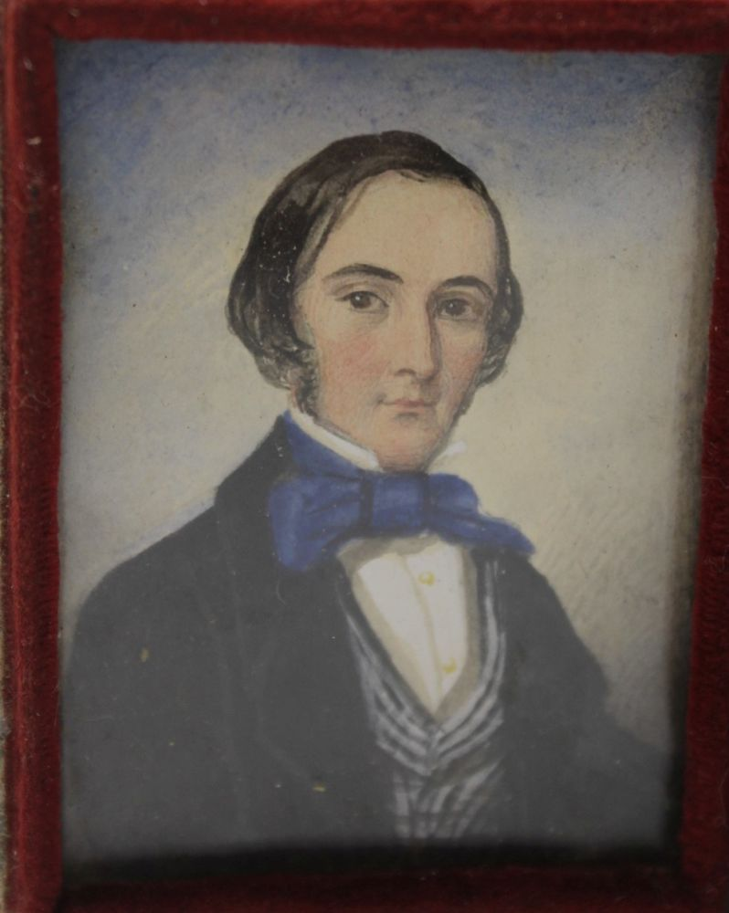 A MID 19TH CENTURY MINIATURE PORTRAIT PAINTING, a young gentleman wearing a blue bow tie, - Image 3 of 3