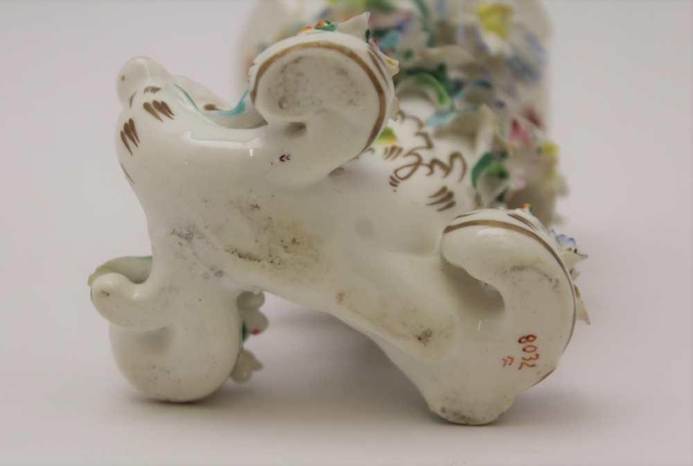 A 19TH CENTURY PORCELAIN CORNUCOPIA VASE, floral encrusted, painted and gilded, possibly Derby, hand - Image 3 of 3