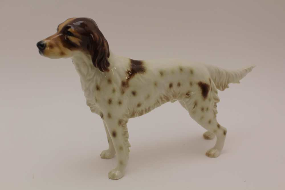 A GOEBEL POTTERY BROWN & WHITE IRISH SETTER DOG, factory marked, 16cm high, together with a bone - Image 2 of 8