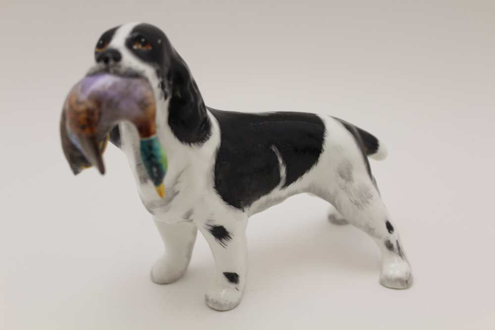 A GOEBEL POTTERY BROWN & WHITE IRISH SETTER DOG, factory marked, 16cm high, together with a bone - Image 5 of 8