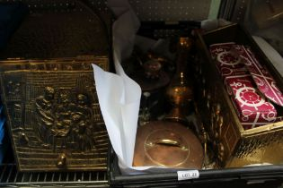 A VARIED SELECTION OF DOMESTIC COPPER & BRASSWARES