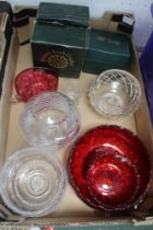 A BOX CONTAINING GLASSWARE various, to include Cranberry