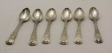 A MATCHED SET OF WILLIAM IV SILVER KINGS PATTERN TEASPOONS, al London 1831 & 1832, makes include