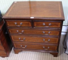 A GOOD QUALITY REPRODUCTION MAHOGANY FINISHED CHEST OF FIVE DRAWERS, two inline over three