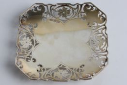 A silver card tray with pierced floral decoration, with marks for Sheffield 1955 and Viner's Ltd (