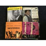 A selection of approx. 60 various jazz vinyl single records. IMPORTANT: Online viewing and bidding