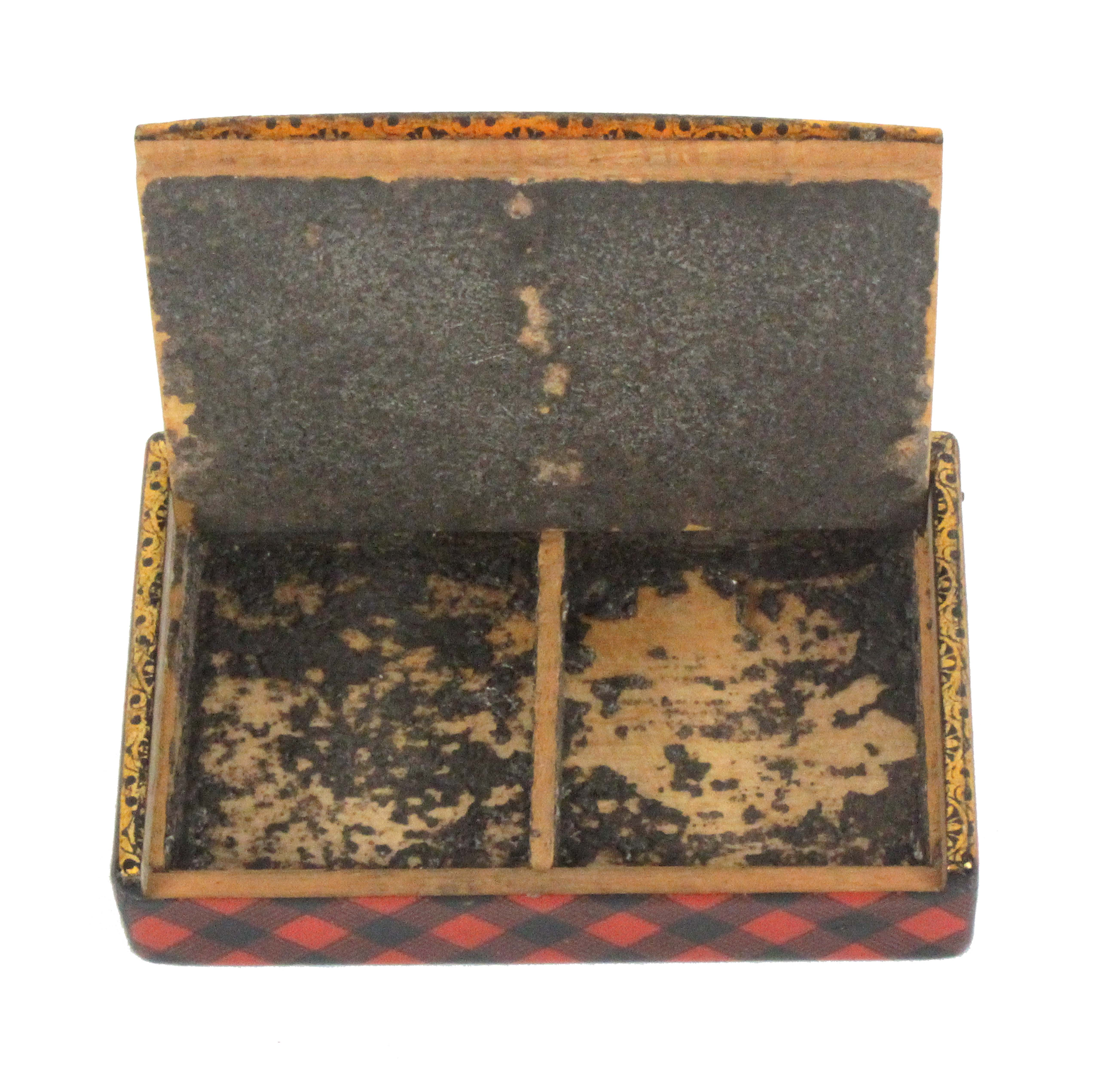 Tartan ware, a snuff box (Rob Roy), of rectangular form with gilt edge to the pin hinge lid, the - Image 2 of 2
