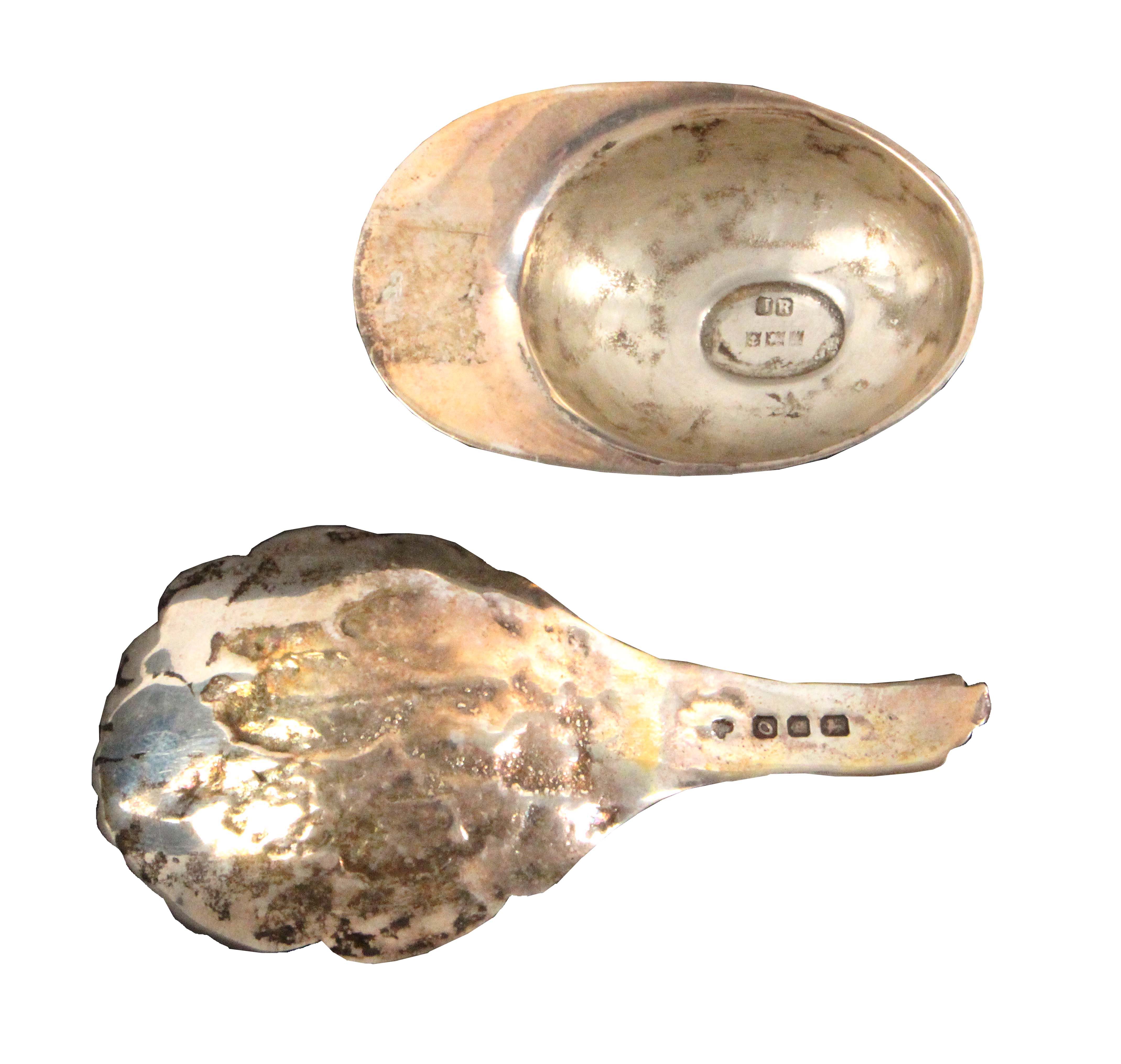 Two silver caddy spoons, comprising an eagle head example with feather bowl, London, 1969 by C.J. - Image 2 of 2