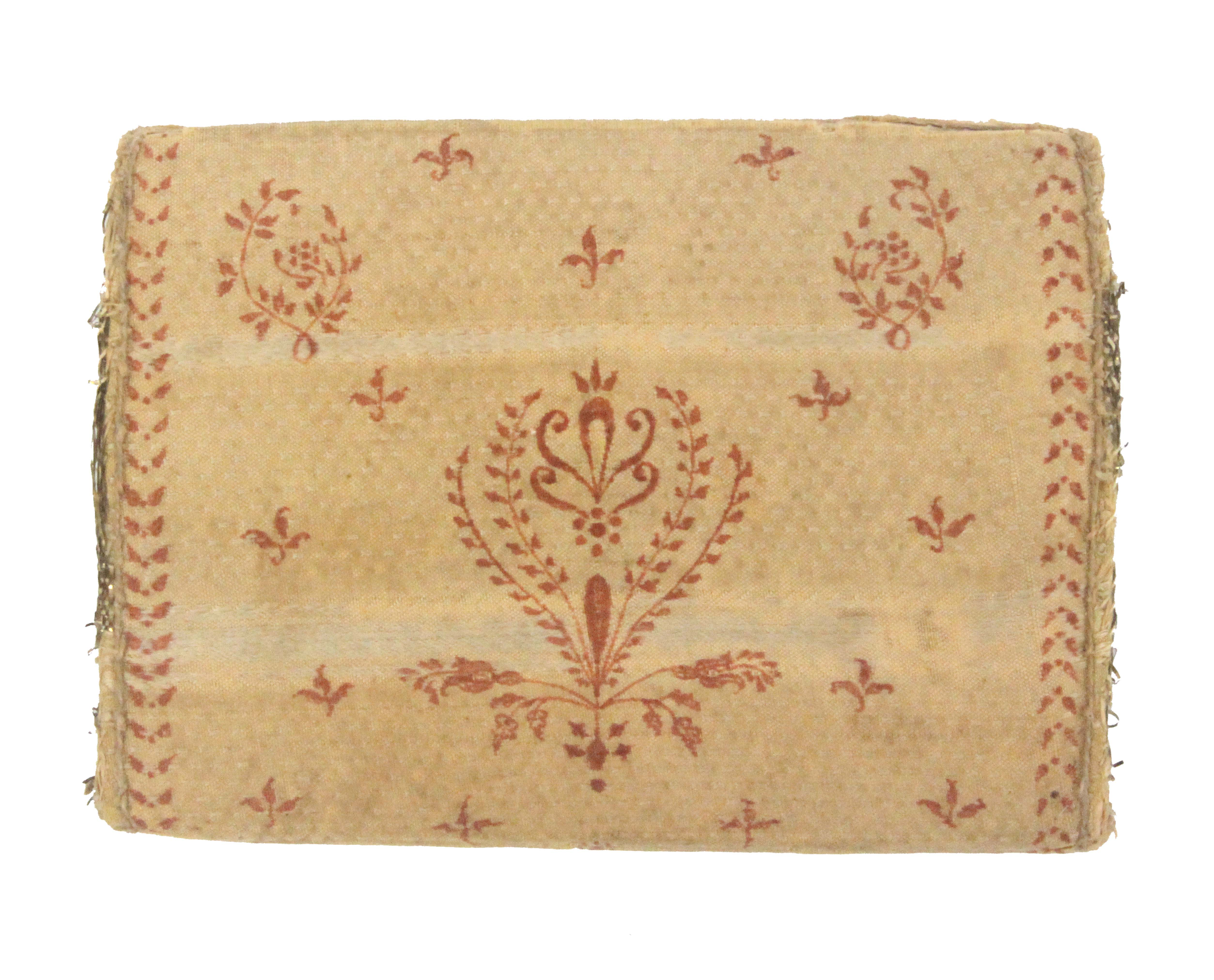 An 18th Century ivory silk sewing wallet, with anthemion and floral printed or painted decoration, - Image 3 of 3