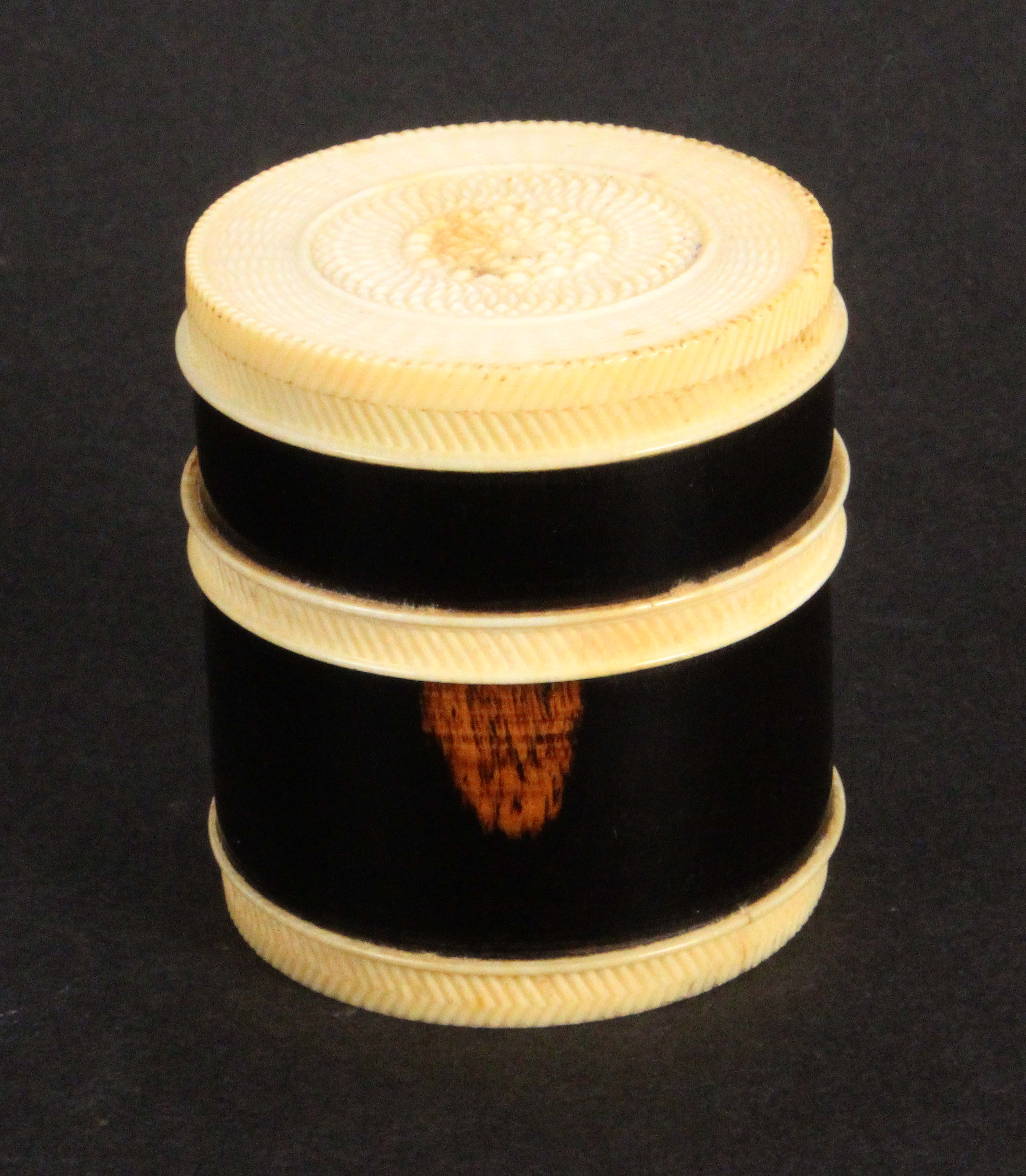 A fine early 19th Century lignum vitae and ivory mounted multiple needle box, of cylinder form - Image 2 of 2