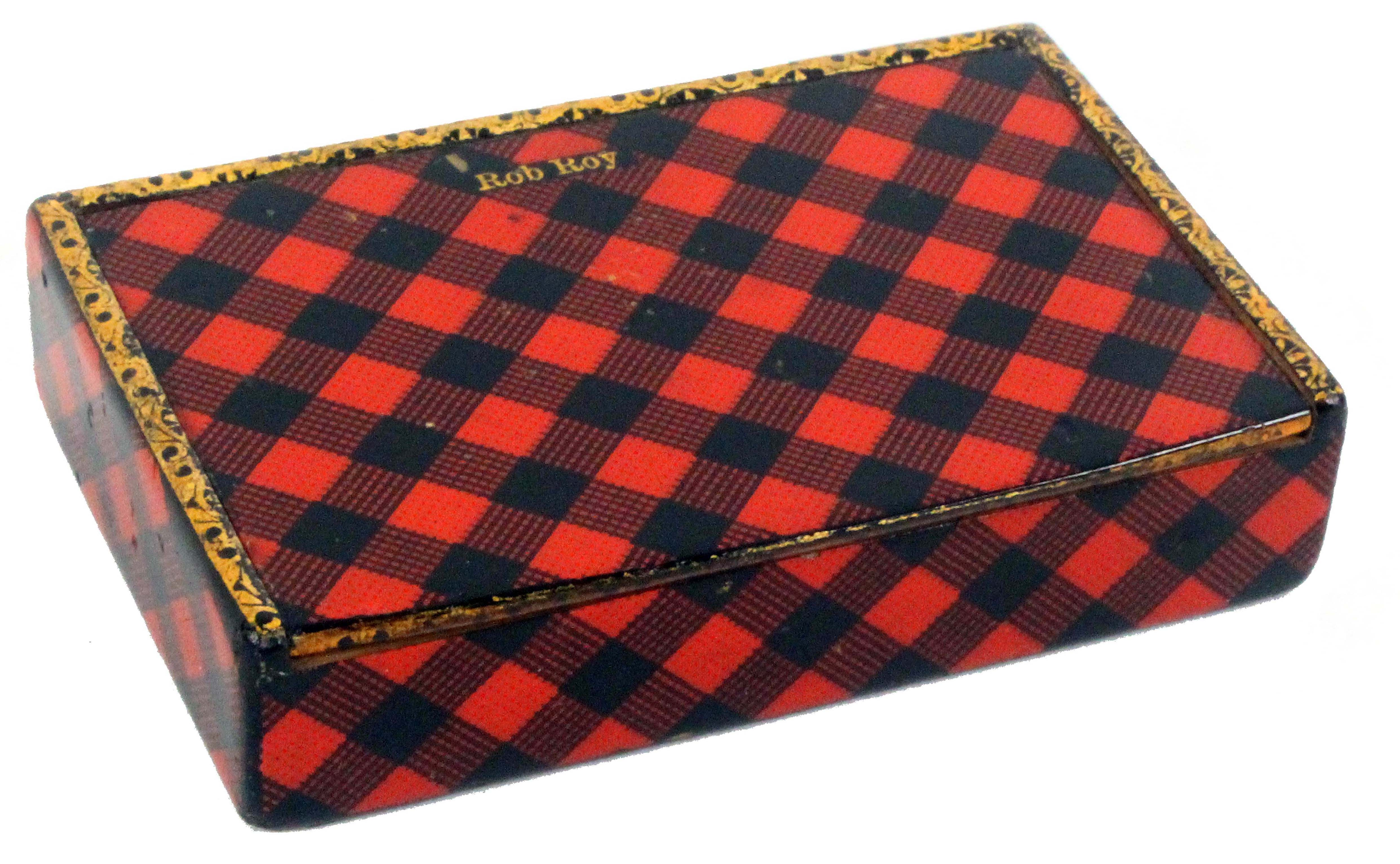Tartan ware, a snuff box (Rob Roy), of rectangular form with gilt edge to the pin hinge lid, the