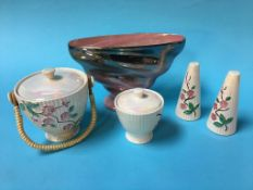 A collection of Maling Pottery (5)