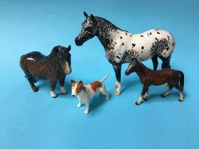 Three Beswick horse and an Old English Bull Terrier (4)