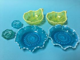 Four Davidson pressed glass dishes and a pair of salts