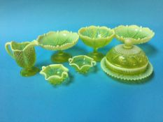 A collection of Davidsons pressed glass (7)