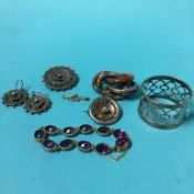 A bag of assorted, to include silver brooches and a Scottish style brooch etc.