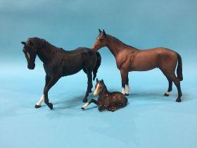 Three Beswick horses