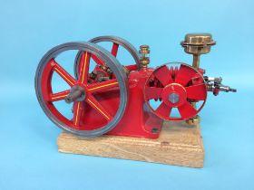 An Amanco stationary engine, Waterloo, Iowa, USA, 33cm width