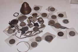 Collection of metal detector finds to include an 1