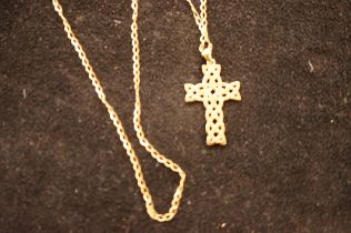9ct Gold Chain and Pendant