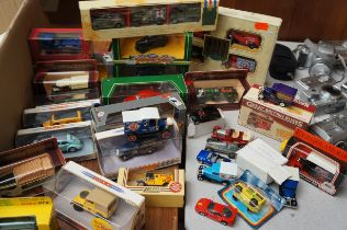 Good Collection of Model Vehicles (Mainly Boxed)