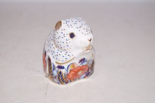 Royal Crown Derby poppy mouse with gold stopper