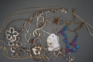 Collection of Good Quality Silver Jewellery