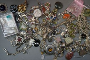 Collection of Mainly Silver Costume Jewellery