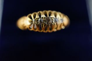 18ct Gold Five Stone Diamond Ring - Size N (Cheste