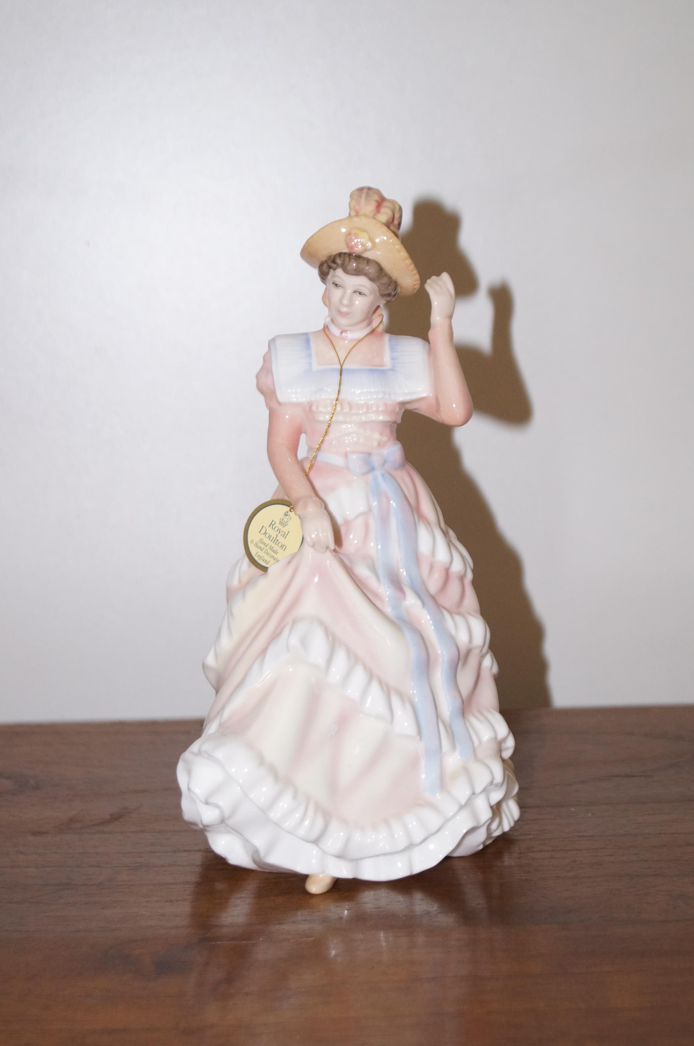 Royal Doulton Figurine (Sharon) 1994 Figurine of t