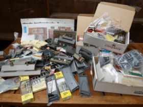 Very large collection of modern railway parts (Too