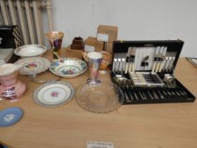 Collection of ceramics to include a canteen of cut